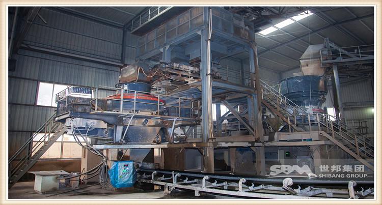 对于青石生产处理企业,购买什么样的石头破碎机成套设备非常重要